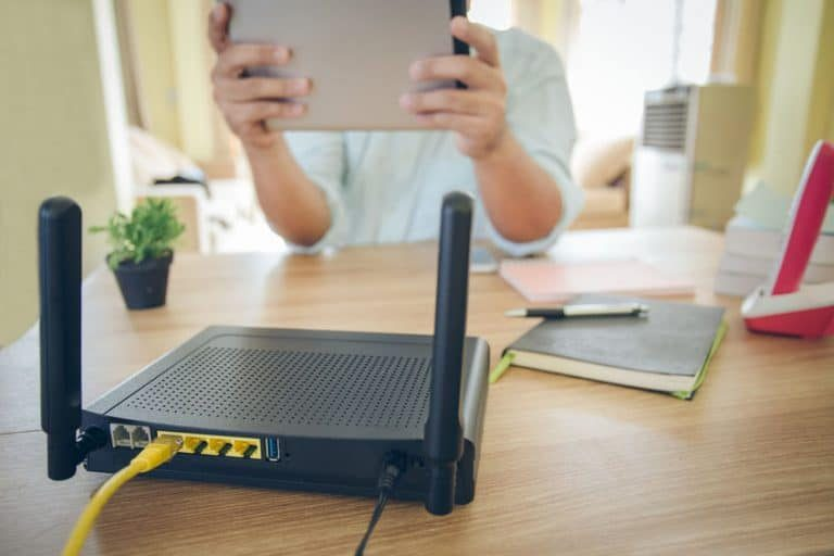 Miglior router 4G LTE Portatile Hotspot sotto 50 euro